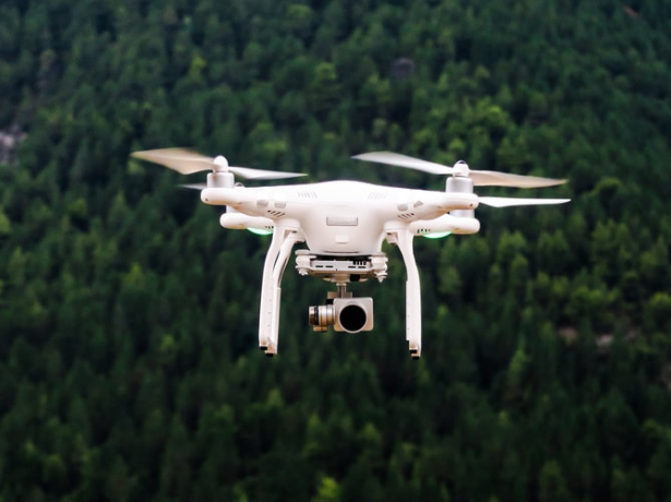 Unmanned Flights in the European Skies: Reform of the EU Regulatory Framework for Drones